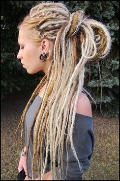 blonde hair dredlocks