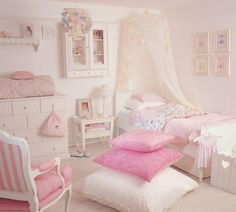 Pink Shabby Chic. this is how i want to do avas room when she gets older :)