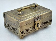 1850s Indian Antique Hand Crafted Engraved Brass Betel Nut Paan Daan Box