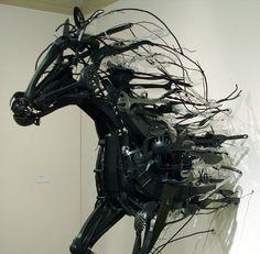 Sayaka Ganz - Emergence - installation art from discarded plastic horse sculpture art Sculpture Metal, Horse Sculpture, Animal Sculptures, Sculpture Ideas, Vitrine Design, Instalation Art, Wow Art, Equine Art, Pics Art