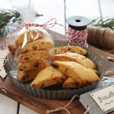 Oppskrift på Biscotti Biscotti, Muffin, Baking, Breakfast, Food, Recipes, Morning Coffee, Bakken, Essen