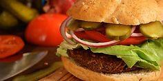 Adeus, industrializados! Aprenda a fazer hambúrguer de vegetais
