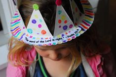 1-#paper plate crown #cubbies bear hug 10 #AWANA crafts-019