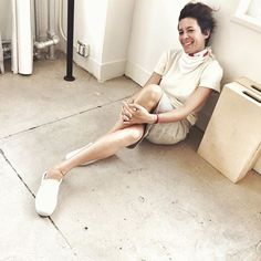 Garance Doré's Entire Fall Shopping List Interview Style, Office Outfits Women, How To Wear Scarves, School Fashion, Fashion Details, Fashion Ideas, Get Dressed, Normcore, Street Style