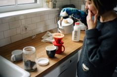 That is such a cute coffee brewer/mug! Want!