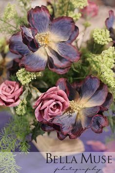 Floral centrepiece, #wedding #flowers #centrepiece #centerpiece © Bella Muse | www.Bella-Muse.com