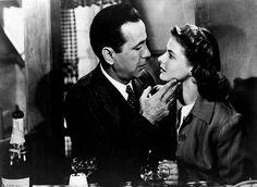 """Die zehn besten Filme großer Gefühle - Von """"Casablanca"""" (Bild) bis """"Amour"""": Die OÖNachrichten präsentieren ihre Top Ten der Liebesfilme. Seit es bewegte Bilder gibt, zeigen sie das schönste Gefühl auf Erden: 1895 wurde der erste Kuss gefilmt. Mehr dazu hier: http://www.nachrichten.at/oberoesterreich/liebe/Die-zehn-besten-Filme-grosser-Gefuehle;art159119,1361859 (Bild: Archiv)"""