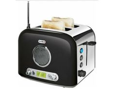 Want to enjoy your favorite music, sport and news broadcasts while you wait toasts popping out from toaster? The Breville toaster with FM/AM radio may b Small Kitchen Appliances, Kitchen Gadgets, Cool Kitchens, Kitchen Small, Dream Kitchens, Kitchen Tools, Kitchen Ideas, Cool Toasters, Radios Retro