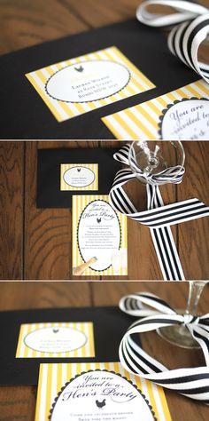 Combinacion de colores amarillo, blanco, negro. Moño largo en bandas blancas y negras