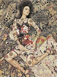 a little klimt-esque no? // Vogue Italia December 2007, 'Vogue Patterns' Kinga Rajzak by Steven Meisel