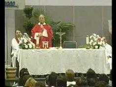 P Emiliano Tardif   Retiro de Evangelizacion y Sanacion 11