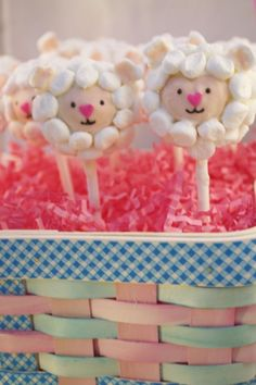 I think I could make these!!! Too sweet! Easter Lamb Cake Pops 6 - Little Lion Baked Goods
