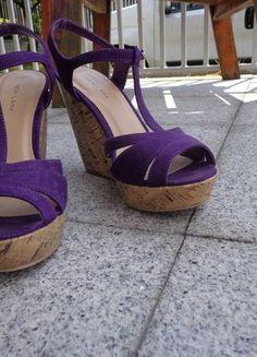 Kup mój przedmiot na #vintedpl http://www.vinted.pl/damskie-obuwie/platformy/19067402-fioletowe-sandaly-na-koturnie-zamsz-korek-nacodzien-na-impreze