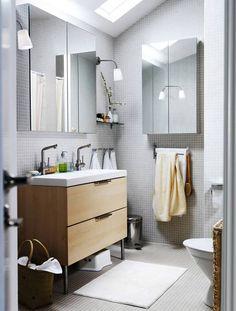 又看到一幅用灰色的马赛克,看着顺眼 IKEA Odensvik and Godmorgon wash stand with Godmorgon Mirror…