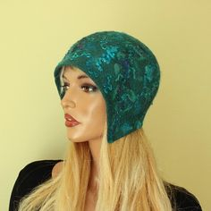 Blue green hat  Felted hat with brooch Sacramento от ZiemskaArt, $92.50