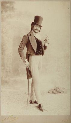 Man with top hat, Paris, 1890 • by Felix Nadar
