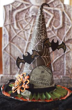 Paper Creations by Kristin: Witch Hat Decoration