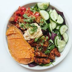 Valmiista Quinoa Sweet Potato, Spirulina, Falafel, Cobb Salad, Spicy, Curry, Paleo, Frozen, Potatoes
