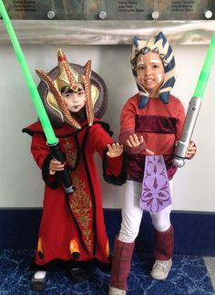 ahsoka and amidala cosplay at WonderCon