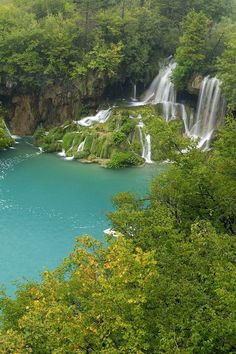 Plitvice Lakes, Croatia.... Beautiful place! Can