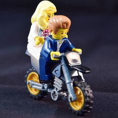 Mel and bj make forward to the long way into the weekend wish you have a nice weekend to Monday  #lego#legos#legostagram#legophotography#legominifigures#legomania#legogram#legominifigure#legography#legophoto#legolive#legofan#amazing#legominifigs#legobricks#legoman#legolove#legomovie#cologne #instalego#love#me#you#toyphotography#toystagram#photooftheday by photographie_james