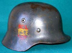 El casco utilizado por la División Azul fue el Mº 35.