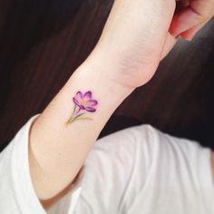 japanese bodysuit tattoos #Japanesetattoos #Bodysuit #Japanese #Japanesetattoos #Tattoos Tatto Mini, Mini Tattoos, Body Art Tattoos, Ankle Tattoo Small, Small Flower Tattoos, Small Tattoos, Cross Tattoos For Women, Ankle Tattoos For Women, Mommy Tattoos