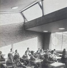 clerestory glazing above light shelf -Munkegaard School, Copenhagen - Arne Jacobsen