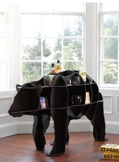 i never knew bears could be so handy...