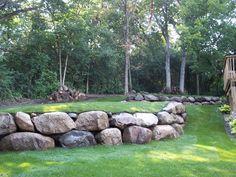 38 Amazingly Green Front-yard & Backyard Landscaping Ideas - Engineering Basic - Landscaping one Mulch Landscaping, Front Yard Landscaping, Landscaping Ideas, Backyard Ideas, Sloped Backyard, Landscape Plans, Landscape Design, Rock Wall Landscape, Boulder Landscape