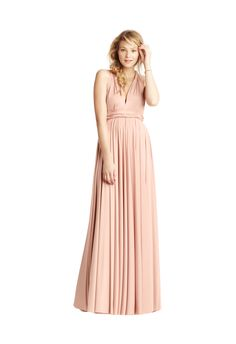 The classic collection consists of one dress with over 15 ways to wrap so that women of all shapes and sizes can look and feel beautiful. Whether styled as the One Shoulder or the Grecian Twist, wear the twobirds Classic gown to flatter your body type. Then.. wrap it differently to wear again for a night on the town!