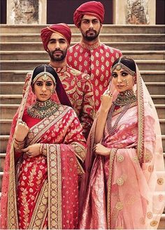 Sabyasachi Heritage Bridal Collection – Indian weddings are full of traditions, elaborate rituals, food, music and lots of fun and frolic, but no Indian wedding is complete without designer