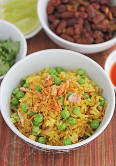 Burmese Fried Rice with Green Peas & Shallots © Jeanette's Healthy Living Rice Recipes, Side Dish Recipes, Healthy Dinner Recipes, Asian Recipes, Vegetarian Recipes, Cooking Recipes, Burmese Food, Burmese Recipes, Asian Food Recipes