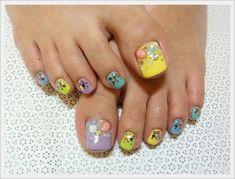yellow and purple nail art via lovethispic.com