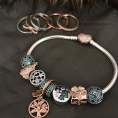 Explore our new Pandora Rose Collection. Count down to the Christmas Season. New Pandora Charms, Pandora Bracelet Charms, Pandora Jewelry, Charm Jewelry, Fine Jewelry, Pandora Rose Gold, Bracelet Designs, Beaded Bracelets, Charm Bracelets