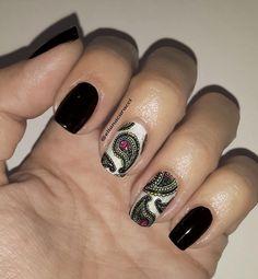 Nail art created by #ElianaCaracci using #BMXL10 #nailstamp #ShopBM