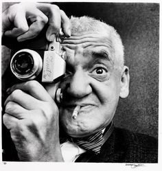 "Arthur ""Weegee the Famous"" Fellig Photography"
