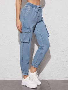 Women Jeans Outfit Plus Size Biker Shorts Smart Casual Fashion Casual Outfits For Ladies Over 40 Short Mother Of The Bride Dresses Best Winter Jackets Womens Jeans And Heels Outfit – azalearlily Girls Fashion Clothes, Teen Fashion Outfits, Retro Outfits, Cute Casual Outfits, Denim Fashion, Stylish Outfits, Girl Fashion, Cargo Jeans, Streetwear Mode