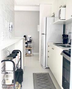 design home interior Interior Exterior, Home Interior Design, Kitchen Decor, Kitchen Design, Apartment Kitchen, Home Kitchens, Kitchen Remodel, Sweet Home, New Homes