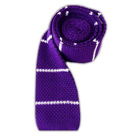 Knitted - Plum/White Stripe
