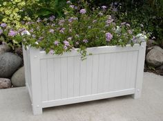 DIY Outdoor Planter Boxes for Highlighting The Landscape - Inspira Mode Tall Outdoor Planters, Large Planters, Diy Planters, Outdoor Gardens, Outdoor Decor, Planter Ideas, Outdoor Flower Boxes, Plastic Planters, Trough Planters