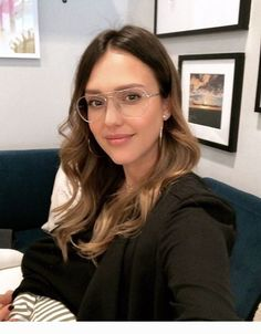jessica alba What has surprised you the most as an entrepreneur? Jessica Alba Style, Gossip Girl, Breastfeeding Photos, Taurus, Celebrity Moms, Celebrity Photos, Celebrity Style, Lace Romper, Female Images
