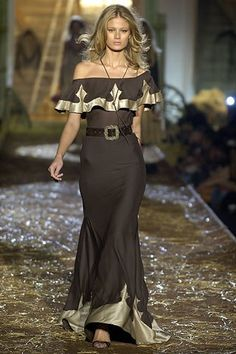Dsquared2 Spring 2006 Ready-to-Wear Fashion Show - Michelle Buswell