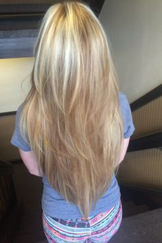 Long hair with V-shaped cut