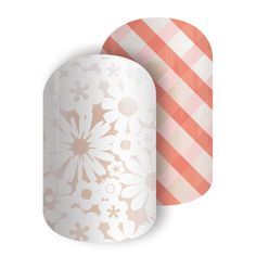 Jamberry's Picnic Party nail wraps mix a pretty floral design with a picnic table plaid.  Wear these wraps alone, or mix and match with your other favorites.  These wraps are eligible for Buy 3 and Get 1 FREE!  For more great ideas, follow me on Facebook:  https://www.facebook.com/amysamazingjamaddicts/
