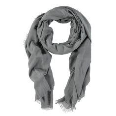 Grijze zachte sjaal met rafelfranje