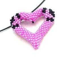 Beaded Heart Necklace Hot Pink Jewelry Beadwork Heart Pendant Rose Love Heart Pop Art Jewelry Black & Fuchsia Necklace - Etsy UK Seller (25.00 GBP) by BeadworkAndCoe