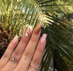 #nailart #nail #gold #pink #coffinnails