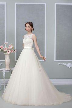#weddingdress #bridetobe #princess