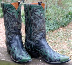 Man In The Crowd's Vintage Cowboy Boots and such: 1950s Lucchese Cowgirl Boots